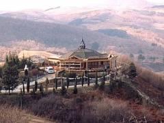 Centro buddista tibetano di Merigar sul Monte Amiata.jpg
