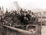 Genova 1910 partenza per l'America del Nord di una nave carica di emigranti italiani