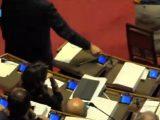 Napolitano assente in aula ma con badge inserito