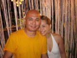 Tenzin-Dhonden-in-piacevole-compagnia-di-Allison-Mack