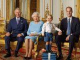 principe-Carlo,-la-regina-Elisabetta-II,-il-principino-George-e-il-padre-William-_Ansa