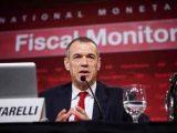 Cottarelli-Carlo-ex-dirigente-del-Fondo-monetario-internazionale-chiamato-dal-governo-Letta-ad-occuparsi-della-spending-review.-È-sua-l'idea-di-chiedere-i-soldi-all'Esm-per-finanziare-le-banche