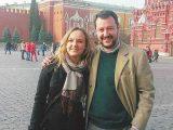 Salvini-Matteo-in-viaggio-a-Mosca-con--Irina-Osipova-fotografati-sulla-Piazza-Rossa
