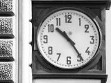 orologio della Stazione di Bologna fermatosi a causa dell'esplosione all'ora della strage