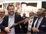 Salvini fucile caccia