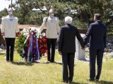 Mattarella e Pahor mano nella mano a Basovizza